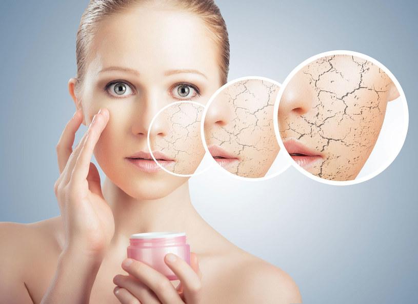 Przyczyną uwrażliwiania się cery jest m.in. zanieczyszczenie środowiska, nadmiar stosowanych kosmetyków i nieprawidłowa dieta. Skóra wrażliwa bywa mylona z alergiczną ze względu na podobne objawy. Rozróżnienie między tymi dwoma typami jest trudne, ale niezbędne do rozpoczęcia odpowiedniego leczenia.