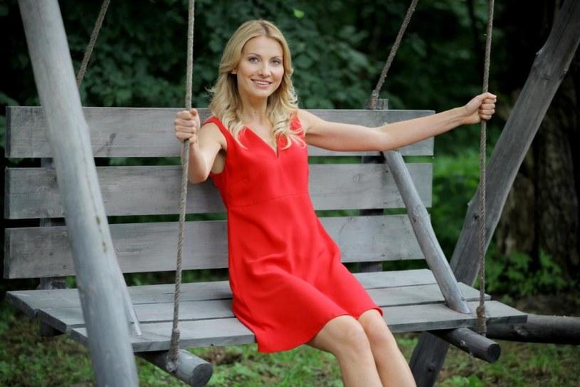 """Premiera pierwszego odcinka czwartego sezonu serialu """"Blondynka"""" odbędzie się 6 grudnia o godz. 20.25 w TVP1. Do znanej i lubianej obsady dołączą Ewa Kasprzyk i Krystian Wieczorek."""