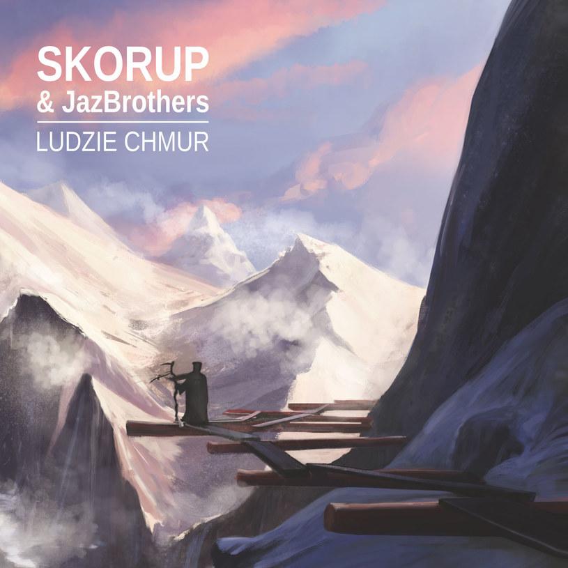 """27 listopada do sprzedaży trafi dwupłytowy album Skorupa wyprodukowany przez duet JazBrothers. Na stronach Interii możecie posłuchać tytułowego utworu """"Ludzie chmur""""."""