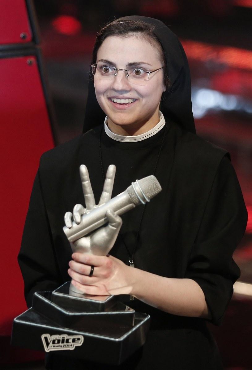 """Znana na całym świecie siostra Cristina, zwyciężczyni włoskiej edycji programu """"The Voice of Italy"""", zadebiutuje w musicalu """"Zakonnica w przebraniu"""" w teatrze w Rzymie. Wierzy w to, że papież Franciszek nie miałby nic przeciwko jej decyzji..."""
