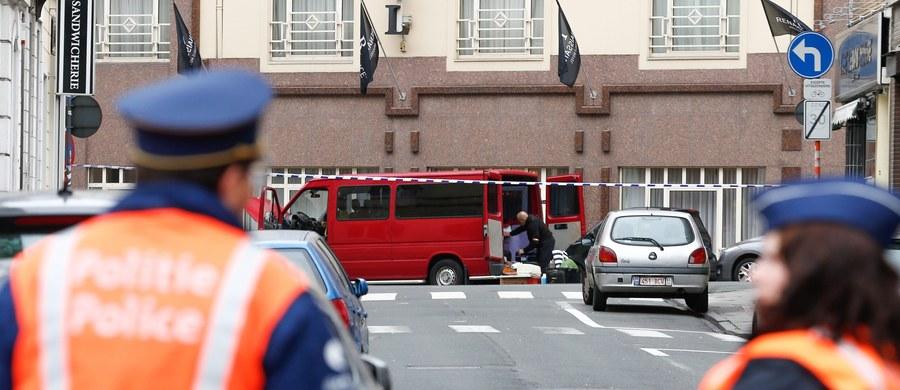 Władze Belgii podniosły do najwyższego stopień zagrożenia terrorystycznego w Brukseli i całym regionie stołecznym. Rząd twierdzi, że ma podstawy przypuszczać, iż w każdej chwili może dojść do zamachu. W związku z zagrożeniem premier Belgii Charles Michel zwołał posiedzenie Rady Bezpieczeństwa Narodowego.