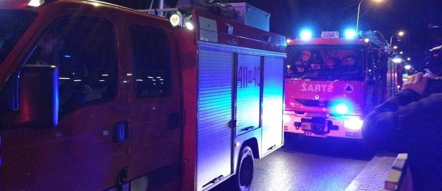 Płonie poddasze kamienicy w Gdańsku – Oruni. Strażacy ewakuowali osiem osób. Taką informację dostaliśmy na Gorącą Linię RMF FM.