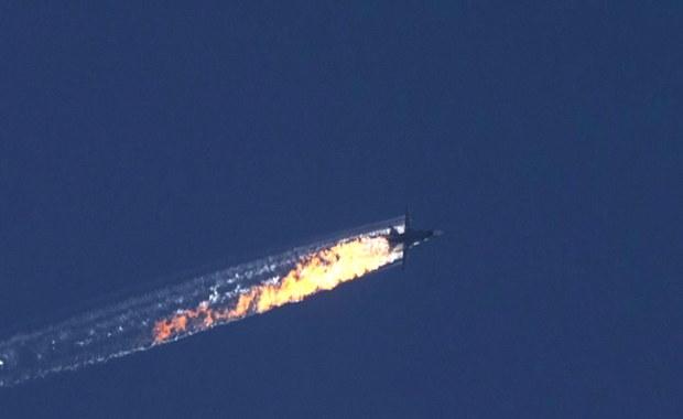 Władze USA twierdzą, że rosyjski Su-24 znajdował się przez chwilę w tureckiej przestrzeni powietrznej, po czym został zestrzelony w przestrzeni powietrznej Syrii - poinformowała agencja Reutera, cytując anonimowe źródła w Białym Domu. Z kolei brytyjskie media donoszą, że rosyjski Su-24 znajdował się nad terytorium Turcji dokładnie przez 17 sekund.