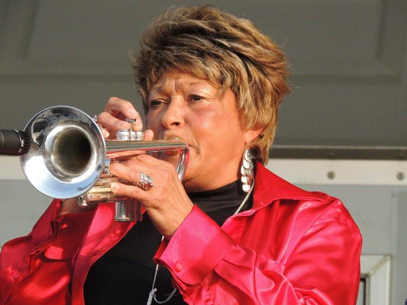 Jedna z najsłynniejszych trębaczek na świecie, Cynthia Robinson, zmarła w na raka w wieku 69 lat.