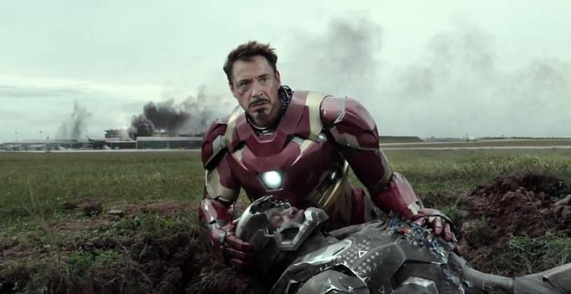 """Ponad pół roku przed kinową premierą filmu """"Kapitan Ameryka: Wojna Bohaterów"""" możemy wreszcie obejrzeć pierwszy zwiastun zapowiadający trzeci obraz serii."""