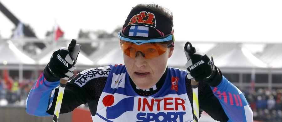 Fińska rywalka Justyny Kowalczyk Aino-Kaisa Saarinen - mimo że jest w ciąży - zdecydowała się uczestniczyć w inauguracji Pucharu Świata w biegach narciarskich w Kuusamo. Trzydniowe zmagania na fińskich trasach rozpoczną się w piątek.