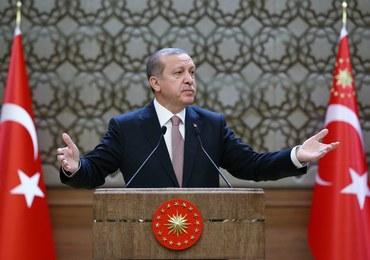 Prezydent Turcji: Zaproponowałem Putinowi spotkanie w Paryżu. Nie odpowiedział