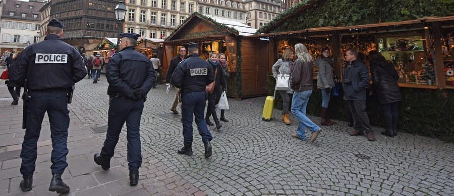 Francja poinformowała Radę Europy o możliwości odstąpienia od niektórych zapisów europejskiej konwencji praw człowieka z powodu stanu wyjątkowego, który wprowadzono w tym kraju po zamachach w Paryżu - ogłosiła Rada Europy.