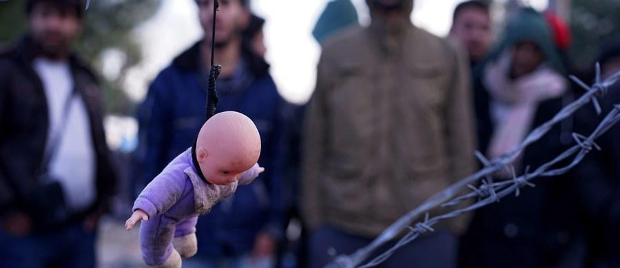 Turcja rozmawia z Brukselą z pozycji silniejszego. Unia Europejska (w tym polski rząd) naiwnie sądzą, że oferując Ankarze błyskotki, uratują własną głowę, czyli powstrzymają miliony uchodźców, którzy chcą się dostać na stary kontynent.
