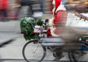"""""""Św. Mikołaj"""" ukradł... helikopter. Trwa pościg"""