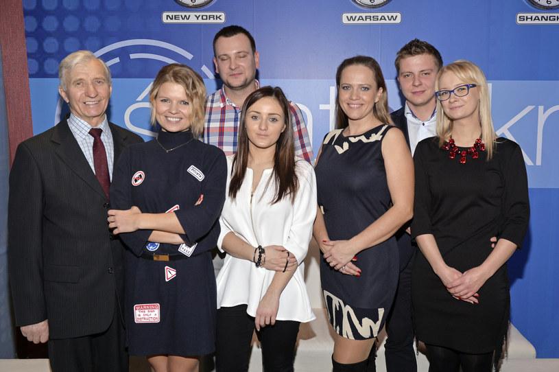 """Uczestnicy drugiej edycji produkcji """"Rolnik szuka żony"""" spotkali się dzień po emisji finałowego odcinka - 30 listopada byli gośćmi programu TVP """"Świat się kręci"""" oraz wzięli udział w Wielkim Teście o Internecie."""