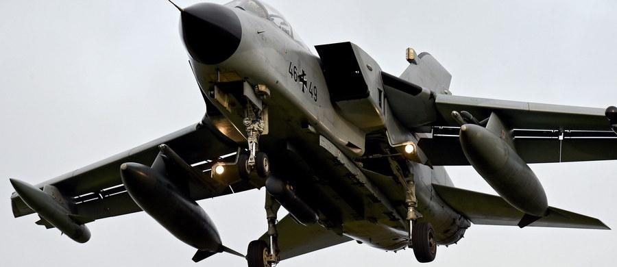 Rząd Niemiec zdecydował o udziale samolotów Tornado w operacji militarnej przeciwko Państwu Islamskiemu. Jednak – jak zauważa agencja dpa- ponad połowa tych maszyn będących na wyposażeniu Bundeswehry nie nadaje się do użytku z powodu braku części zamiennych.