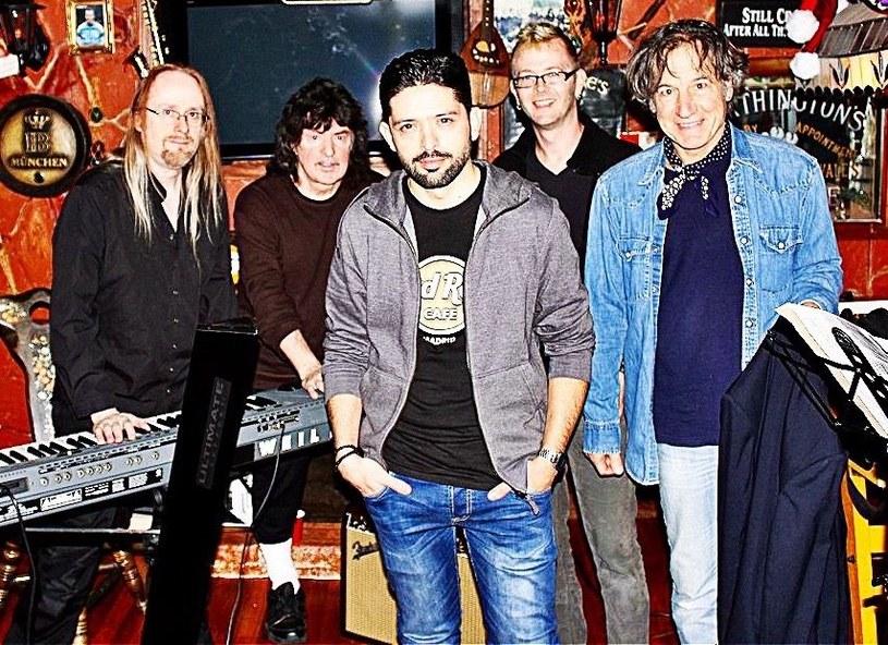 Poznaliśmy nazwiska muzyków, którzy będą wspierać gitarzystę Ritchiego Blackmore'a na kilku koncertach, na których po prawie 20 latach powróci do hard rocka.
