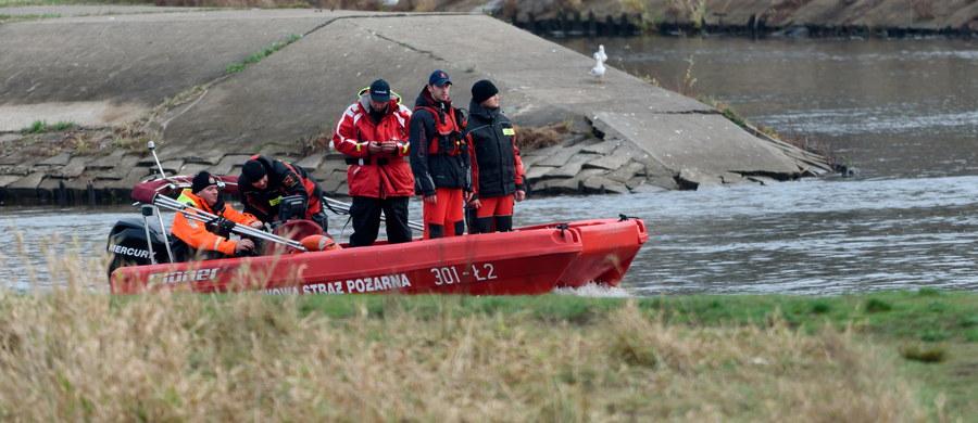 W Poznaniu zakończył się 13. dzień poszukiwań Ewy Tylman. Policjanci i strażacy przeczesywali ponownie 20-kilometrowy odcinek od mostu św. Rocha w dół rzeki. Specjaliści twierdzą jednak, że możliwe, że ciało uda się odnaleźć dopiero wiosną.