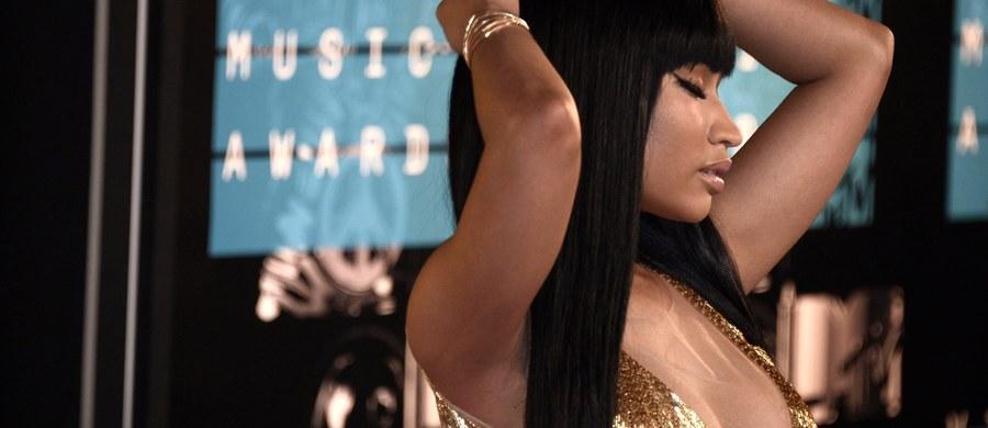 Brat słynnej piosenkarki Nicki Minaj został oskarżony o zgwałcenie 12-letniej dziewczynki. Artystka wstawiła się jednak za nim i wpłaciła kaucję.