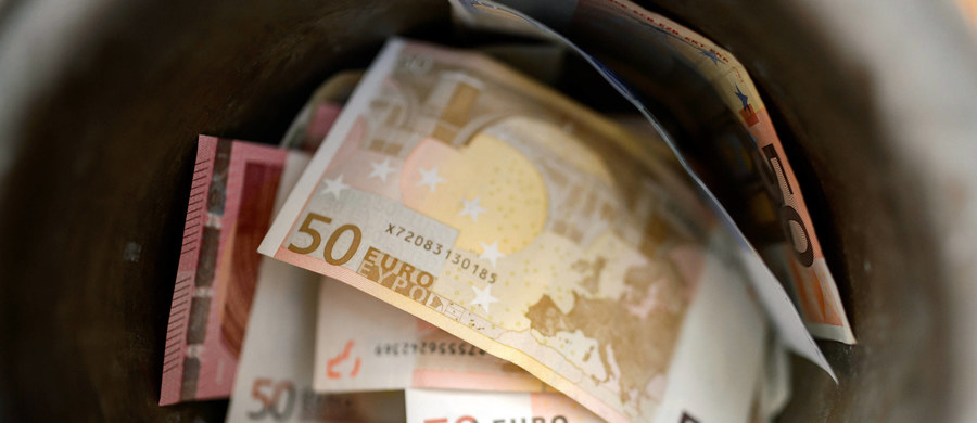 Austriacka policja wyłowiła w weekend z Dunaju ponad 100 tysięcy euro. Na razie nic nie wskazuje na to, by pieniądze pochodziły z kradzieży. Trwają poszukiwania ich właściciela.