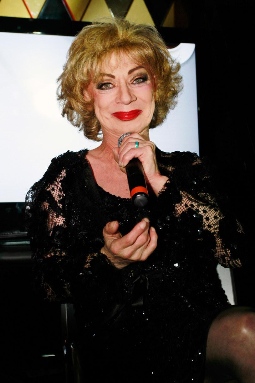 Gwiazda filmów Andy'ego Warhola i Paula Morriseya, transseksualna aktorka i piosenkarka Holly Woodlawn, zmarła w wieku 69 lat.