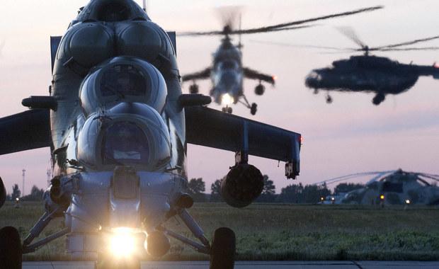 Rosja rozmieściła śmigłowce bojowe i transportowe w celu wzmocnienia swej bazy wojskowej w Armenii. Informację przekazało rosyjskie ministerstwo obrony, na które powołuje się agencja RIA-Nowosi.