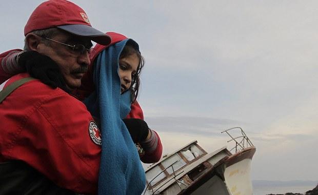 Sześcioro afgańskich dzieci zginęło po zatonięciu nadmuchiwanej łodzi nieopodal miasta Cesme. Znajdowały się w grupie uchodźców przeprawiających się z Turcji.