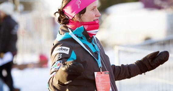 Ciężarne biegaczki narciarskie zwróciły się do międzynarodowej federacji narciarskiej FIS z propozycją przyznawania akredytacji na zawody mężom i partnerom oraz osobom opiekującym się ich dziećmi.