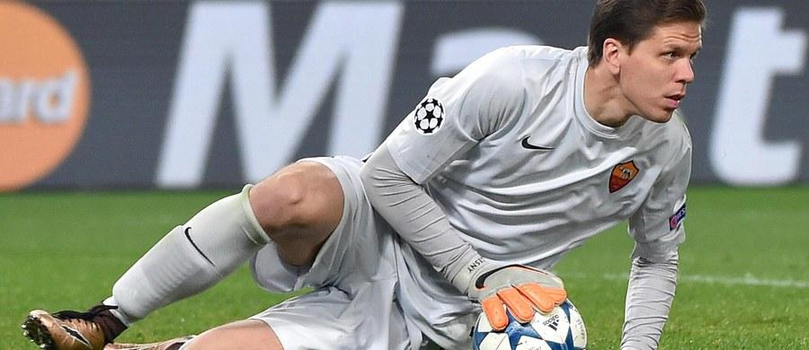 Bramkarz AS Roma Wojciech Szczęsny zebrał najwyższe oceny po środowym meczu z Bate Borysów (0:0) w Lidze Mistrzów. Rzymski klub awansował po raz pierwszy od pięciu lat do 1/8 finału, ale wśród gwizdów swoich kibiców na stadionie w Wiecznym Mieście.