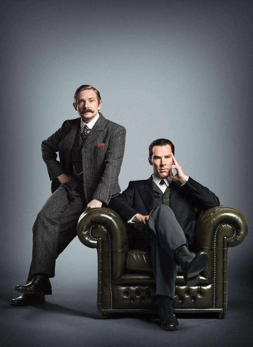 """Tej zimy fani """"Sherlocka"""" będą mieli szansę uczestniczyć w specjalnym wydarzeniu. Sherlock po raz pierwszy trafi na ekrany kin, a zdobywcy nagród Emmy Benedict Cumberbatch i Martin Freeman zadebiutują w swoich kultowych rolach jako Sherlock Holmes i Dr Watson na dużym ekranie."""