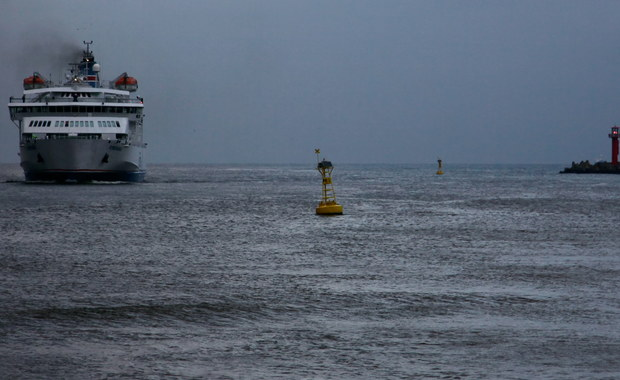 Po 10 godzinach akcji zawieszono poszukiwania Polaka, który wypadł z pokładu promu płynącego ze szwedzkiego Ystad do Świnoujścia. Informację o wypadku otrzymaliśmy na Gorącą Linię RMF FM.