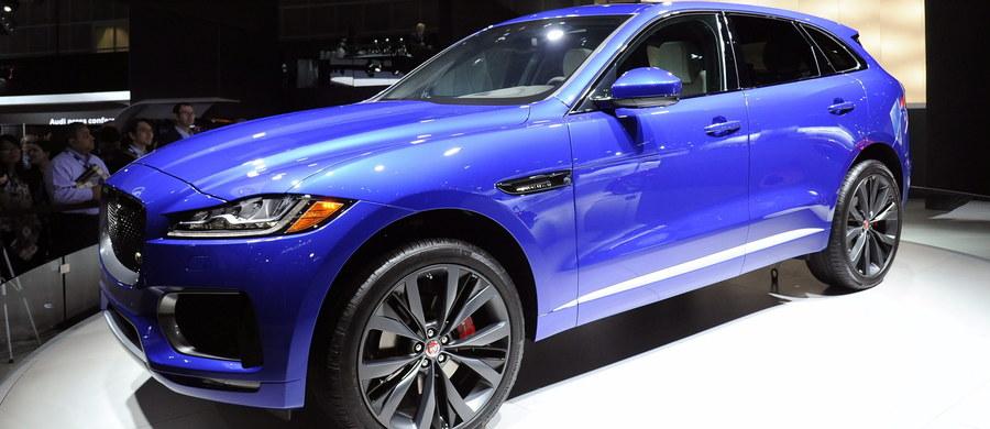 Brytyjski producent samochodów luksusowych Jaguar Land Rover (JLR) podpisał ze słowackim rzędem porozumienie w sprawie zbudowania swej fabryki w mieście Nitra w zachodniej Słowacji, w co zainwestuje w pierwszej fazie 1,1 mld funtów. Fabryka ma produkować początkowo 150 tys. samochodów rocznie przy zatrudnieniu około 2800 ludzi.
