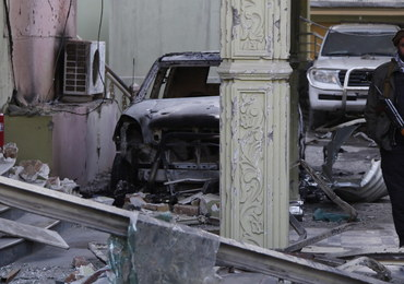 Kabul: Całą noc trwała wymiana ognia z talibami w pobliżu ambasady Hiszpanii. Napastnicy zginęli