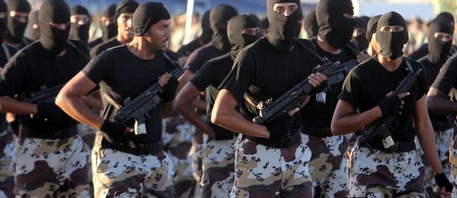 Arabia Saudyjska ogłosiła utworzenie przez 34 państwa muzułmańskie wojskowej koalicji antyterrorystycznej, ale na razie brak bliższych szczegółów na temat tego, jak miałaby ona działać.