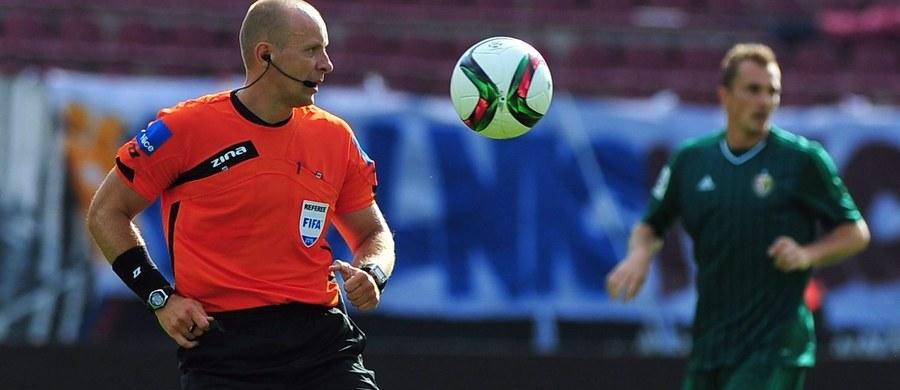 Szymon Marciniak jest wśród 18 sędziów głównych piłkarskich mistrzostw Europy 2016. Taką informację przekazała UEFA.