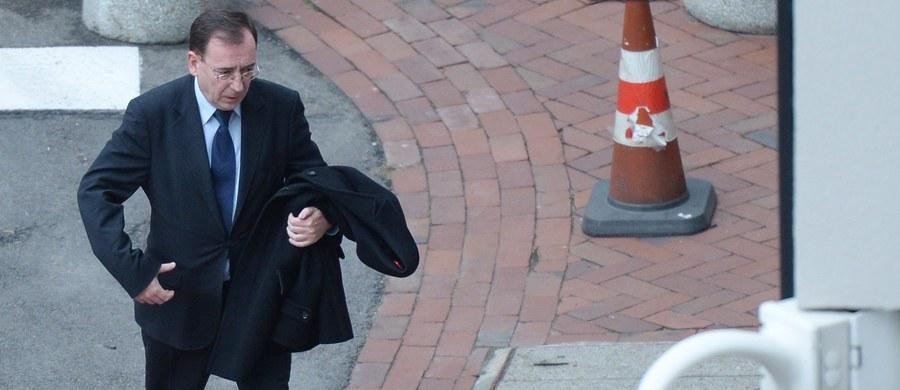 Prokuratura Okręgowa w Warszawie wszczęła śledztwo ws. nielegalnego inwigilowania przez Służbę Kontrwywiadu Wojskowego Mariusza Kamińskiego i byłych oficerów CBA oraz dziennikarza Cezarego Gmyza - poinformował jej rzecznik Przemysław Nowak. Chodzi o okres od lutego do sierpnia tego roku.