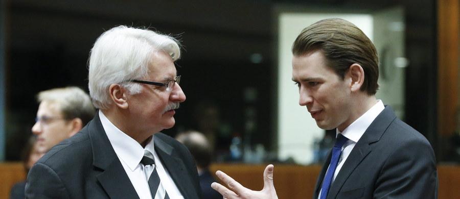 """""""To niedopuszczalna próba ingerencji w działania polskiego rządu wybranego w demokratycznych i wolnych wyborach"""" - tak minister spraw zagranicznych Witold Waszczykowski skomentował wywiad swojego luksemburskiego odpowiednika. Szef dyplomacji Luksemburga w rozmowie z niemiecką telewizją publiczną stwierdził, że Unia Europejska """"nie tylko ma prawo, ale wręcz obowiązek mieszania się w polskie sprawy"""". To kolejna podobna wypowiedź. Niedawno szef europarlamentu, Niemiec, Martin Schulz, stwierdził, że to co dzieje się w Polsce ma charakter zamachu stanu."""