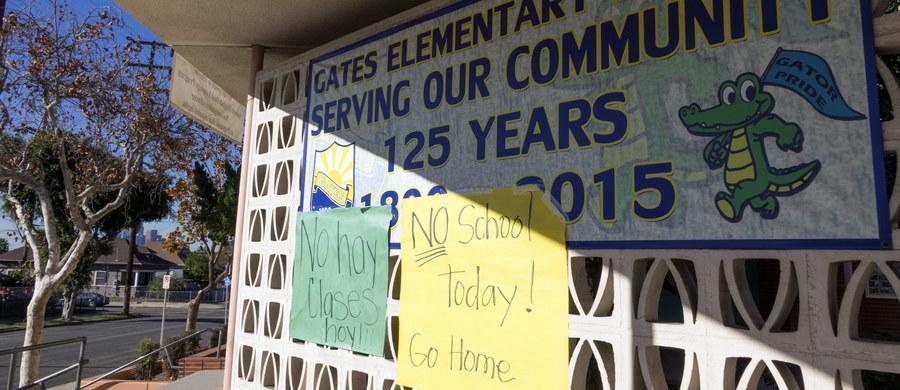 """Prawdopodobnie """"głupi żart"""" był przyczyną alarmu i zamknięcia wszystkich szkół w okręgu Los Angeles - poinformowała niemiecka agencja dpa, powołując się na przedstawiciela lokalnych władz. Alarm ogłoszono we wtorek rano czasu lokalnego po odebraniu gróźb przeprowadzenia ataków z użyciem bomb i broni palnej. Zostały one przekazane za pośrednictwem poczty elektronicznej z komputera w niemieckim Frankfurcie nad Menem."""