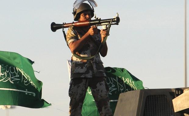 Arabia Saudyjska realizuje ostatnimi dniami ofensywę dyplomatyczną. Po wczorajszym ogłoszeniu w Rijadzie powstania islamskiej koalicji antyterrorystycznej, dziś minister obrony wspomniał o możliwości wysłania sił specjalnych do walki z Państwem Islamskim. Co oznaczają dla regionu ostatnie posunięcia naftowego królestwa?