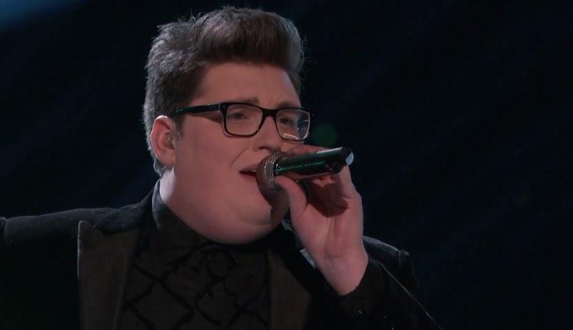"""Dziewiąta edycja amerykańskiej wersji """"The Voice"""" dobiegła końca. Zwycięzcą programu został Jordan Smith."""