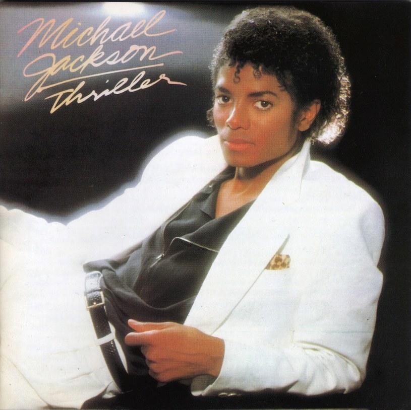 """Wydany w listopadzie 1982 roku album """"Thriller"""" Michaela Jacksona jako pierwszy w historii został uhonorowany 30-krotną platyną za sprzedaż ponad 30 mln egzemplarzy w USA."""