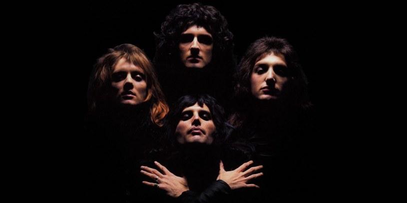 """Z okazji 40. rocznicy utworu Queen """"Bohemian Rhapsody"""" angielska szkoła baletowa English National Ballet, Królewska Akademia Muzyczna oraz chłopięcy chór Trinity Boys Choir przygotowali własną interpretację tego słynnego przeboju."""