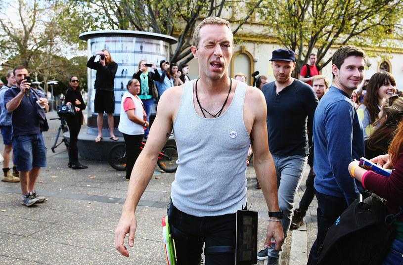 Do sądu wpłynął pozew przeciwko liderowi Coldplay, Chrisowi Martinowi. Paparazzo Richard Terry oskarżył wokalistę, że ten uderzył go samochodem.
