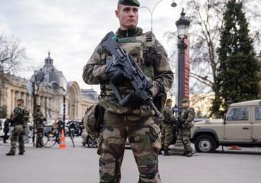 Nie czekać na antyterrorystów - atakować! Tajna nota do francuskich policjantów przed Sylwestrem