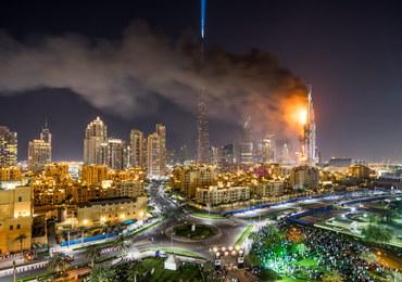 Pożar hotelu w Dubaju nie przeszkodził w pokazie fajerwerków