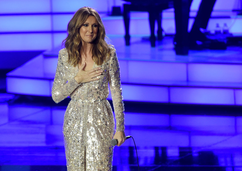 """Celine Dion postanowiła wzbogacić swój sylwestrowy koncert w Las Vegas własną wersją utworu """"Hello"""" Adele."""