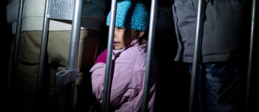 """Napływ uchodźców do Europy jest """"inwazją"""", zorganizowaną przez Bractwo Muzułmańskie - powiedział prezydent Czech Milosz Zeman w wywiadzie radiowym, który cytuje agencja CTK."""
