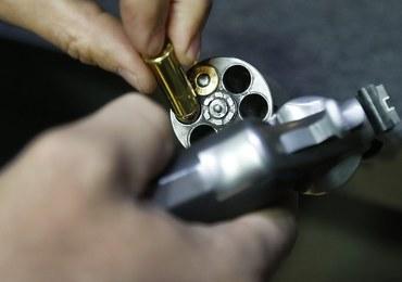 Prezydent Obama ogłasza ograniczenia w dostępie do broni palnej