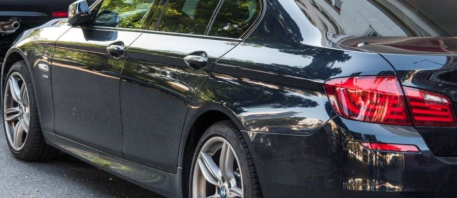 Umorzono śledztwo ws. rozliczania przez posłów z lat 2005-2007 ryczałtów za dojazdy prywatnym autem, czyli tzw. kilometrówek. Sprawa dotyczyła 107 ówczesnych posłów. Brak było podstaw do przyjęcia, iż posłowie dopuścili się oszustwa - uznała prokuratura.