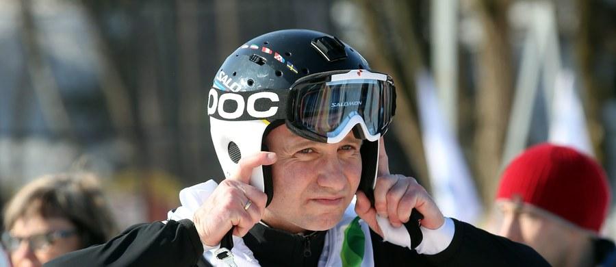 Prezydent Andrzej Duda podarował swoje narty na tegoroczną licytację na rzecz Wielkiej Orkiestry Świątecznej Pomocy. Cena wywoławcza - 1025 złotych.