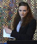 Katinka Hosszu podarła kontrakt przed kamerami