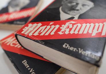 """Krytyczne wydanie """"Mein Kampf"""" w Niemczech. Chcą wykorzystywać je na lekcjach historii"""