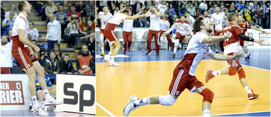 Polscy siatkarze wygrali z Niemcami 3:2 (20:25, 25:22, 16:25, 28:26, 16:14) w meczu o 3. miejsce turnieju kwalifikacyjnego do igrzysk w Rio de Janeiro! To oznacza, że wciąż mają szansę na olimpijski paszport! O awans powalczą w majowym turnieju interkontynentalnym w Japonii!