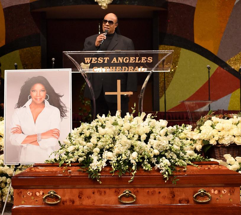 W poniedziałek (11 stycznia) w Los Angeles odbyła się pogrzebowa ceremonia amerykańskiej wokalistki Natalie Cole.